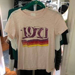 Vici 1971 distressed graphic tee small
